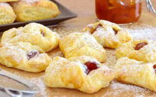 Cookies-with-jam_1516284800-e1516284827838